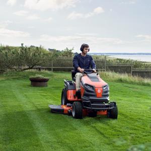Slika za kategorijo Vrtni traktorji