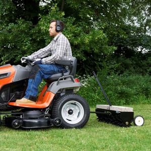 Slika za kategorijo Priključki in dodatna oprema za vrtne traktorje